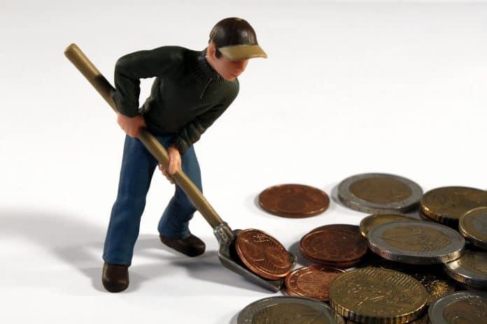 Mann Figur Spielzeug Schippe Schaufel Geld Euro