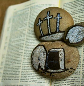 Passion Kreuz Karfreitag Grab Jesu Auferstehung
