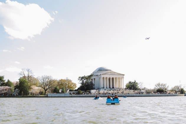 Jefferson Memorial day time courtesy of washington.org-k