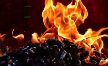 Feuer Flammen Kohle Brennen Heiß Stimmung