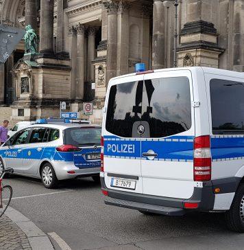 Schüsse am Berliner Dom