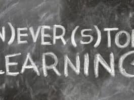 Erwachsenenbildung Schreiben Wissen Macht Tafel