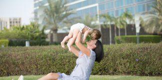 Mutter Tochter Familie Park Kinder Liebe Natur