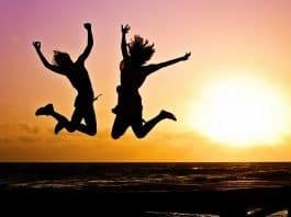 Jugend Aktiv Sprung Glücklich Sonnenaufgang