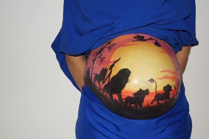 Bauch-Malerei König Der Löwen Schwanger Baby