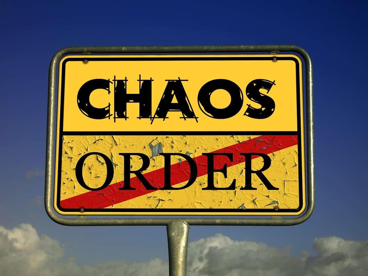Chaos Ordnung Chaostheorie Verkehrsschild
