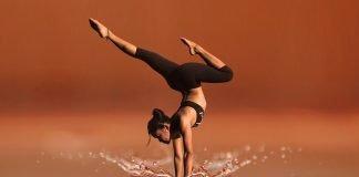 Tanz Yoga Meditation Frau Fitness Gesundheit