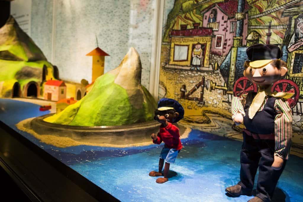 Zu den mehr als 500 Exponaten zählen auch Jim Knopf und Lukas der Lokomotivführer als Marionetten. Bildnachweis: Historisches Museum der Pfalz/Carolin Breckle