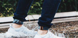 Adidas Füße Schuhe Beine Turnschuhe Spritzen