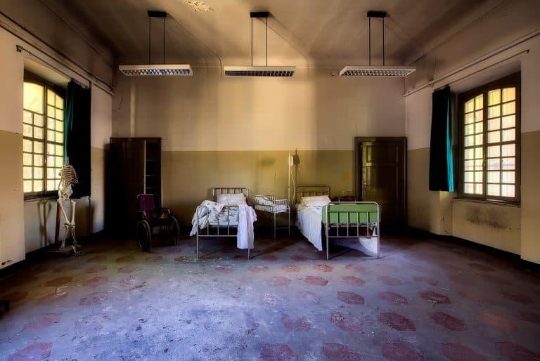 Benimmregeln für die Klinik – so klappt der Krankenbesuch