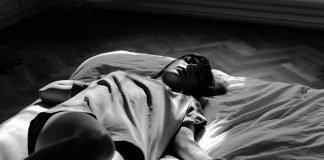 Bett Person Schlafen Frau Ruhend Entspannen