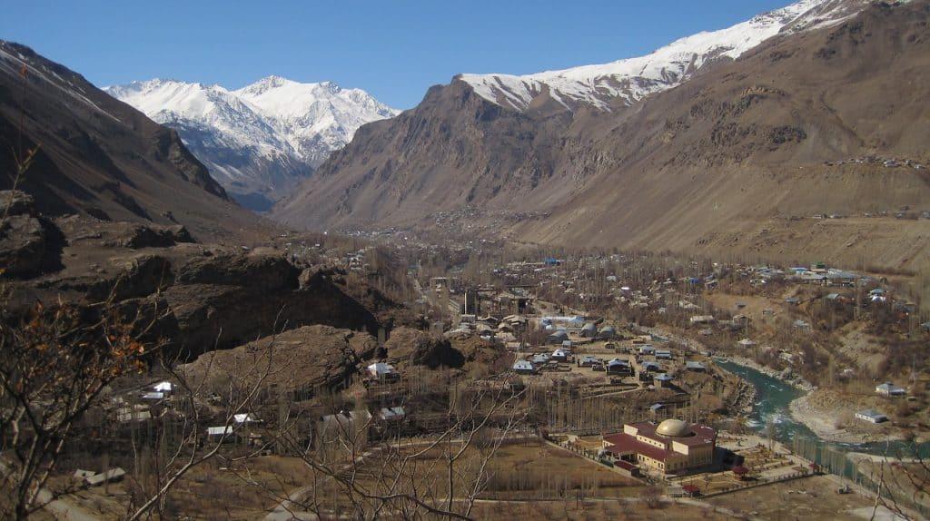 Stadt Khorog Таджикситан Pamir Berge Schnee