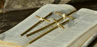 Bibel Kreuz Ostern Karfreitag Ostergeschichte