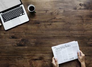 Papier Schreibtisch Tisch Pause Kaffee Computer