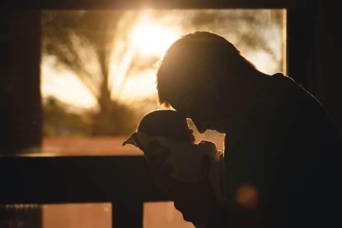 Baby Kinder Vater Eltern Mann Menschen Liebe