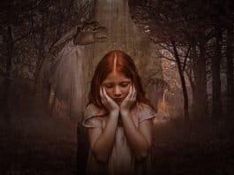 Gespenst Mädchen Gothic Dunkel Goth Kinder Wald