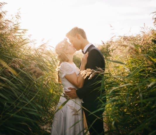 menschen mädchen mann kuss liebe hochzeit braut