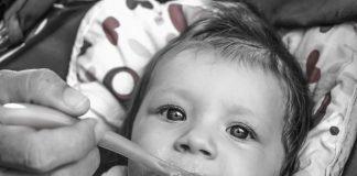 Baby Fütterung Kinder Kleinkind Niedlich