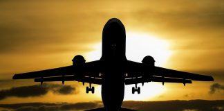 Flugzeug Urlaub Sonne Tourismus Sommer