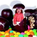 kind mohrenköpfe fotomontage hunger essen süßes