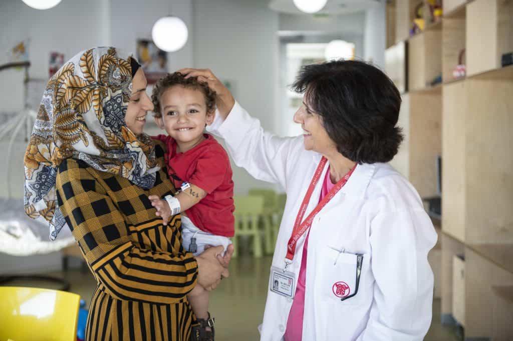 Schon früh wusste Dr. Hiyam Marzouqa, dass sie Kinderärztin werden möchte.