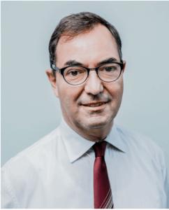 Pampers Schlafexperte Prof. Dr. Erler