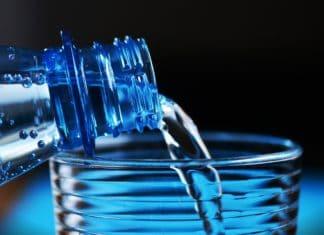 flasche sprudel flasche wasser trinkwasser