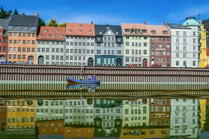 mini-europa miniatur-park nyhavn copenhagen hafen