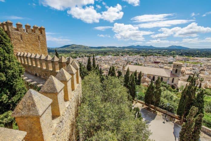 Mallorca, Arta Altstadt eine Architektur wie aus dem Mittelalter