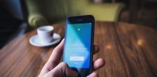 Handy Telefon Bildschirm Twitter Mobil