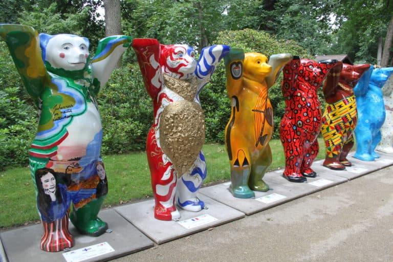Buddybären gratulieren zum 65. Tierpark- Geburtstag in Berlin