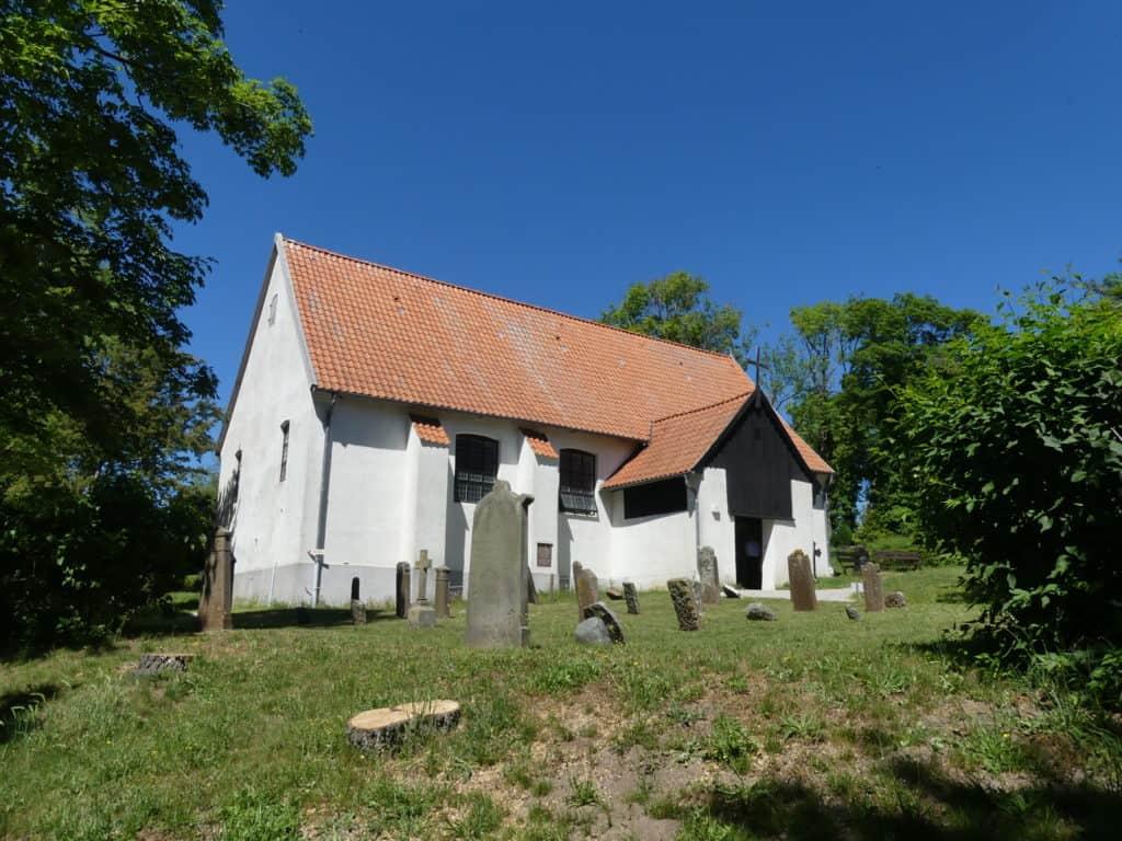 Friedhof in Kloster mit Grab von Gerhart Hauptmann Insel Hiddensee