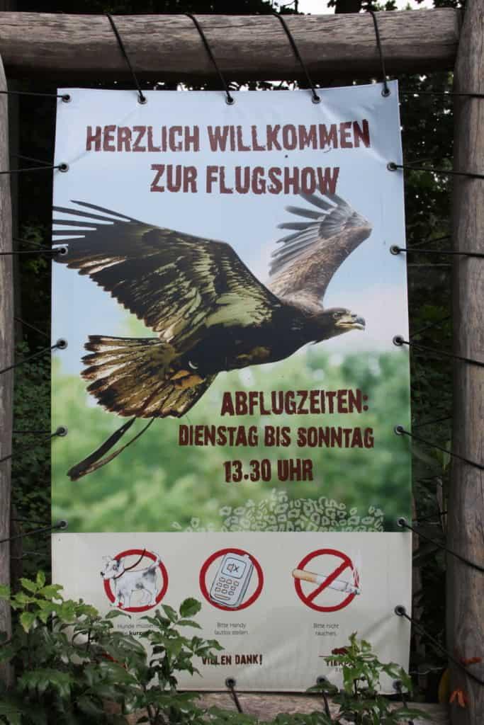 Tierpark Berlin (Flug-Show)k
