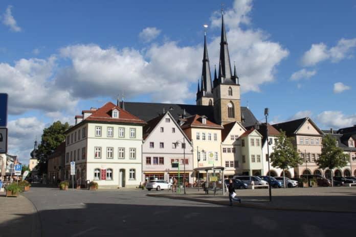Saalfeld-Panoramablick-zum-Marktk-1