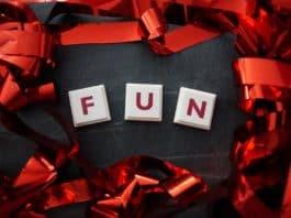 fun spass wort rot schleife english buchstaben