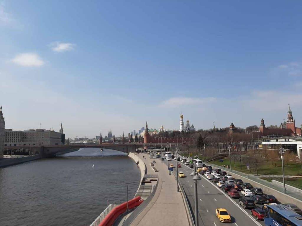 Impfreise nach Moskau/Russland  An der Moskwa