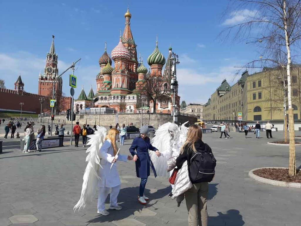 Impfreise nach Moskau/Russland Engel vor dem Kreml