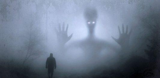 fantasy geist albtraum traum träumen spuken alien