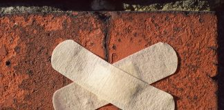pflaster stein fassade reparatur richten heilen