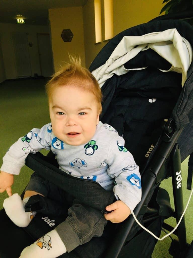 Der kleine Toni ist herzkrank und ein echter Kämpfer. Seine Familie wird von einem ambulanten Kinderhospizdienst betreut. Bild: privat